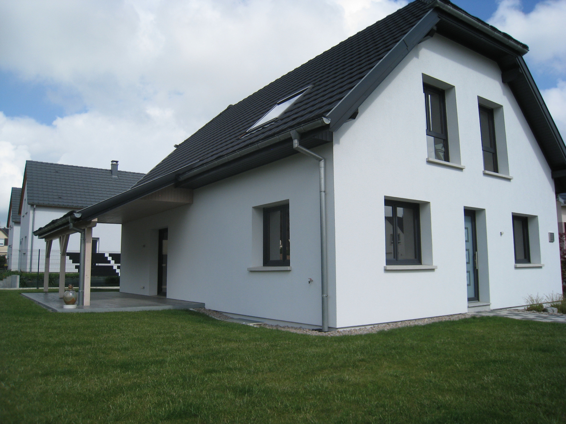 Vente maison individuelle de 150m sur 7 ares de terrain - Terre maison individuelle ...